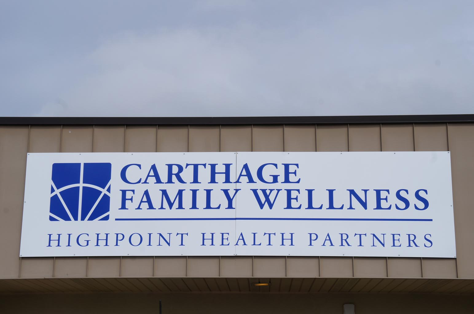 Carthage Family Wellness Front Entrance Sign
